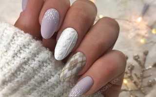 Зимний маникюр на ногтях