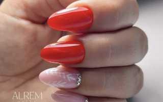 Красный маникюр с дизайном на миндалевидных ногтях или как быть в тренде?