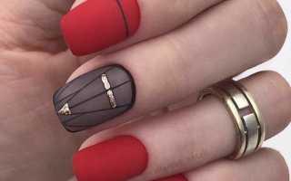 От ретро и классики до авангарда и эклектики: красный маникюр с дизайном на короткие ногти