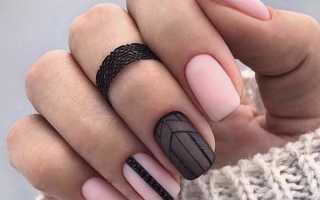 Бесцветный маникюр с рисунком на короткие ногти – естественная красота как никогда актуальна