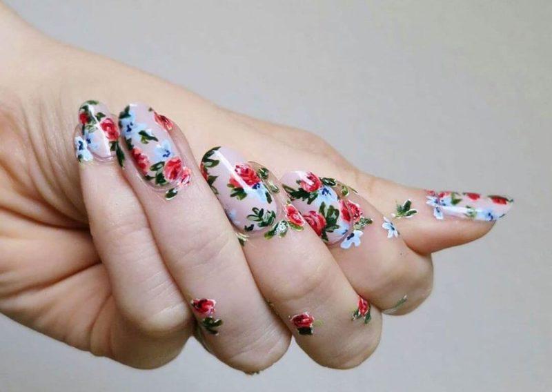 Как создать цветы на ногтях
