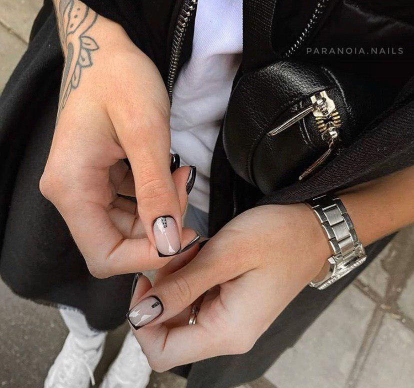 Черный френч на квадратных ногтях