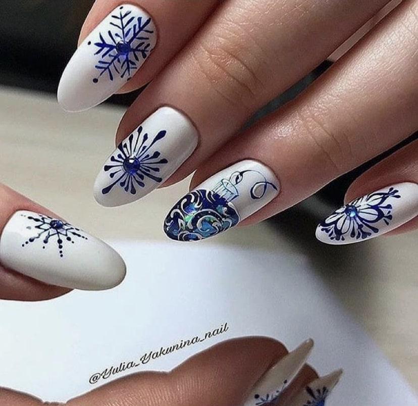 Дизайн «снежинки» на белом фоне