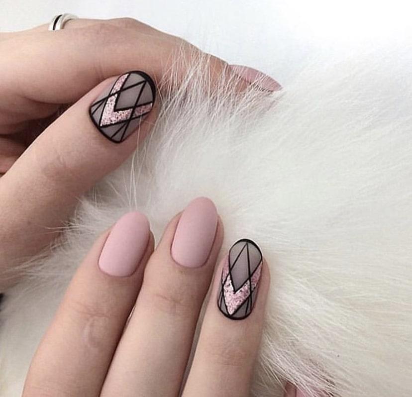 Ногтевой дизайн с эффектом вуали – тренд 2019 года
