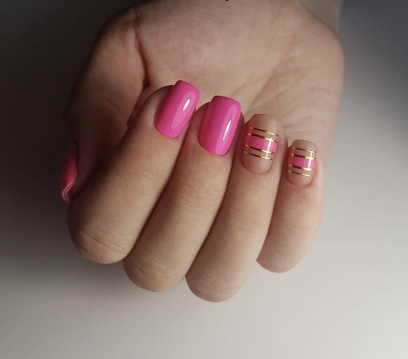 Простая геометрия на коротких ногтях