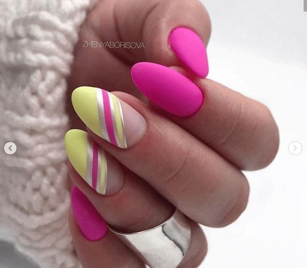 Розово-желтый маникюр