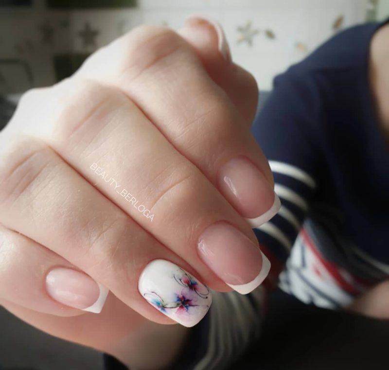 Акварельная роспись на короткие ногти френч