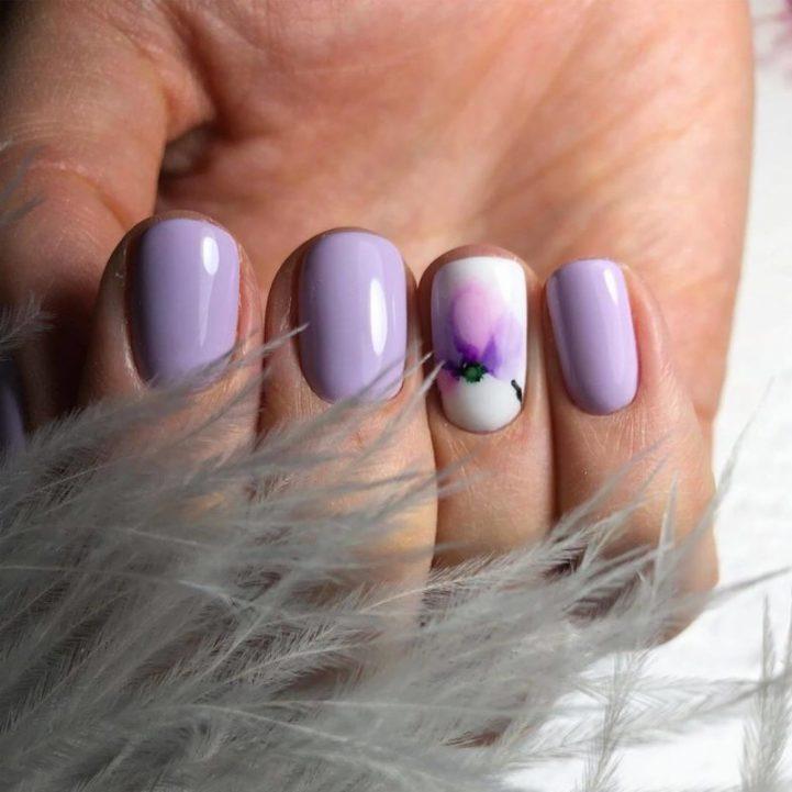 Нежная акварельная роспись на короткие ногти