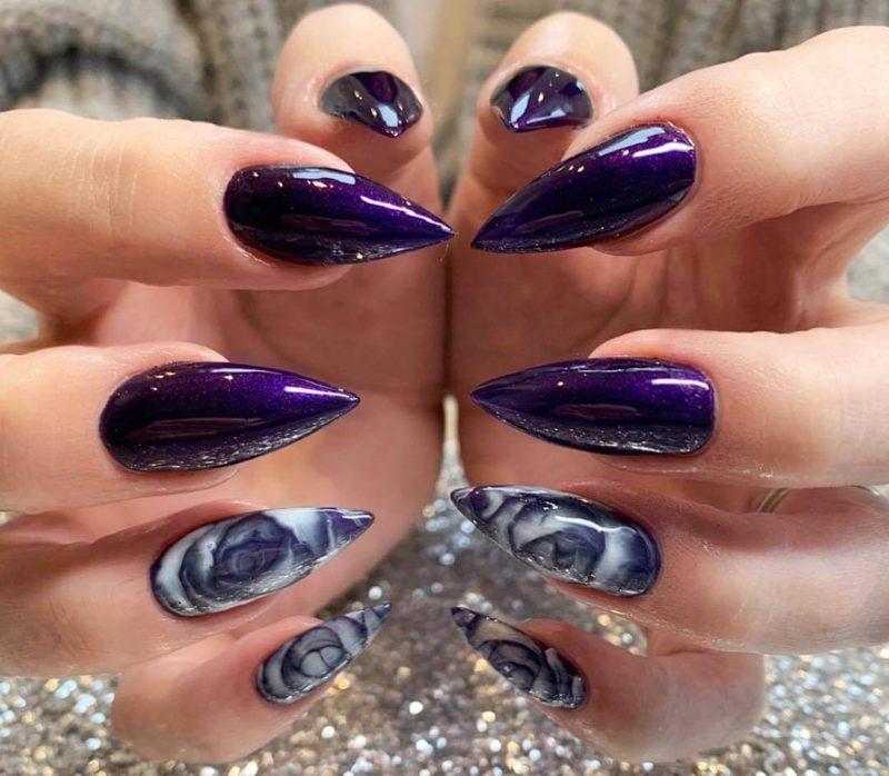 Темный баклажановый маникюр на длинные ногти