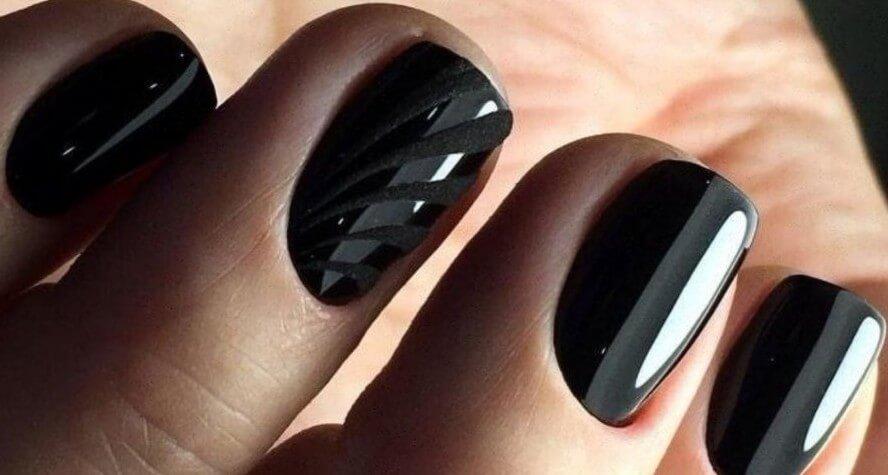 Черный маникюр на короткие ногти офисный стиль