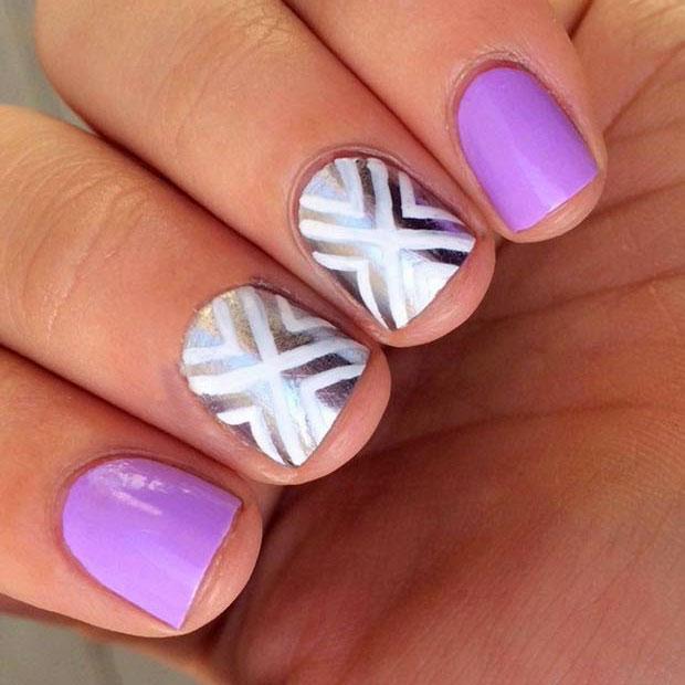 полосочки на коротких ногтях