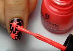 Дизайн ногтей кляксы