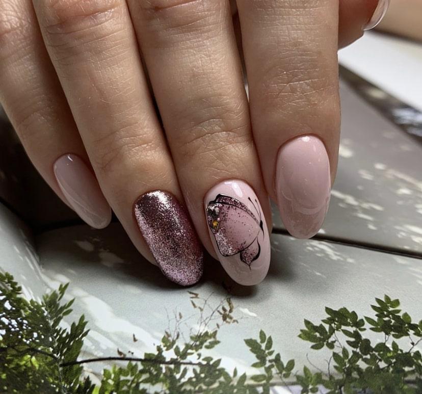 дизайн бабочка на длинных ногтях