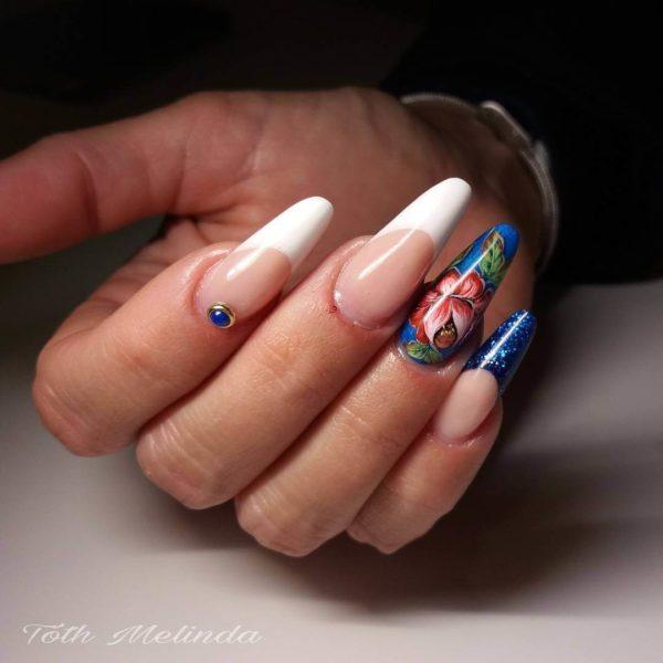 Жостовская роспись на длинных ногтях