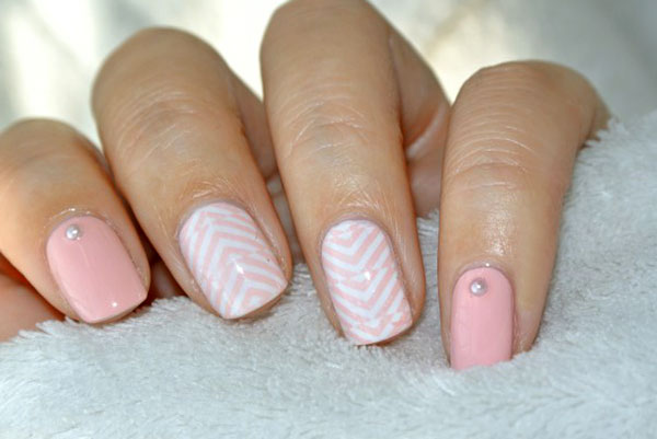 Ногти в стиле Nude