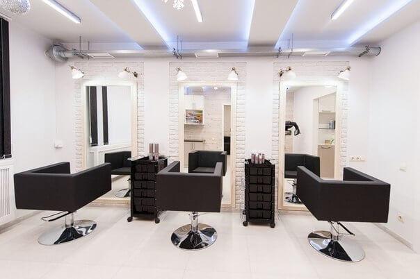 Свет в парикмахерской зоне