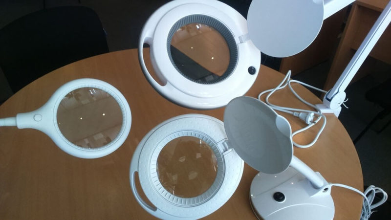 Кольцевая лампа лупа настольная для маникюра