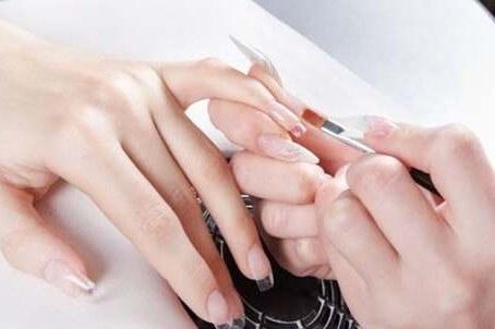 Коррекция пряморастущих прямых ногтей