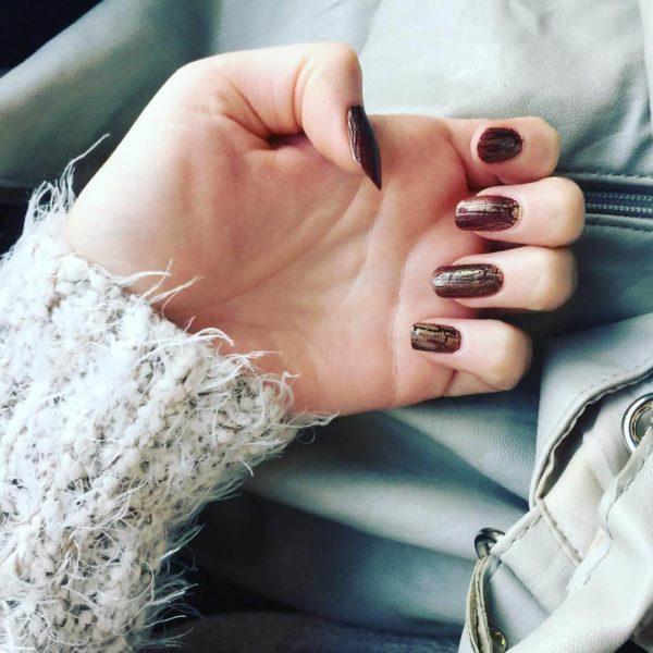 Кракелюр с золотом на длинные ногти