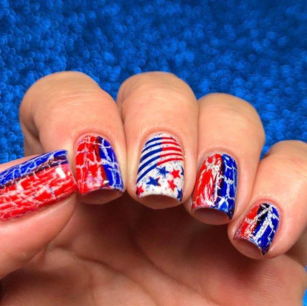 Сине-красный маникюр на длинные ногти