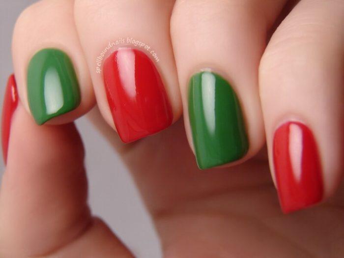 Красно-зеленый маникюр