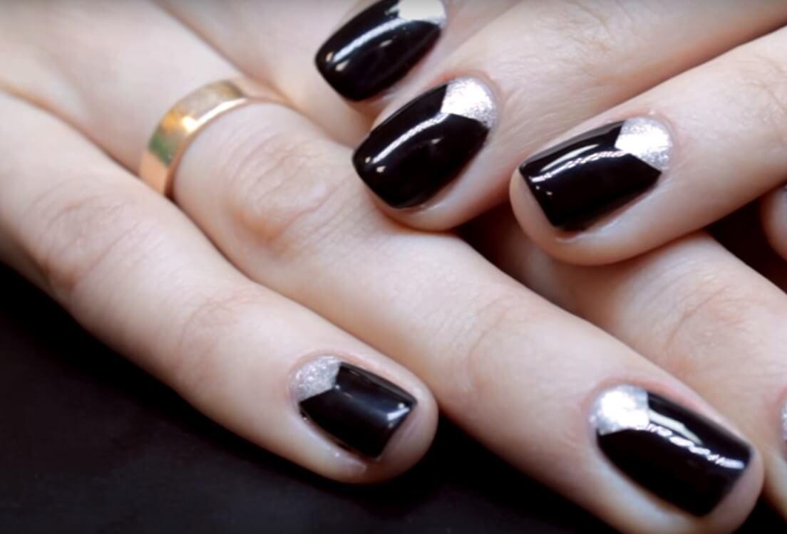 Лунный дизайн на квадратных ногтях