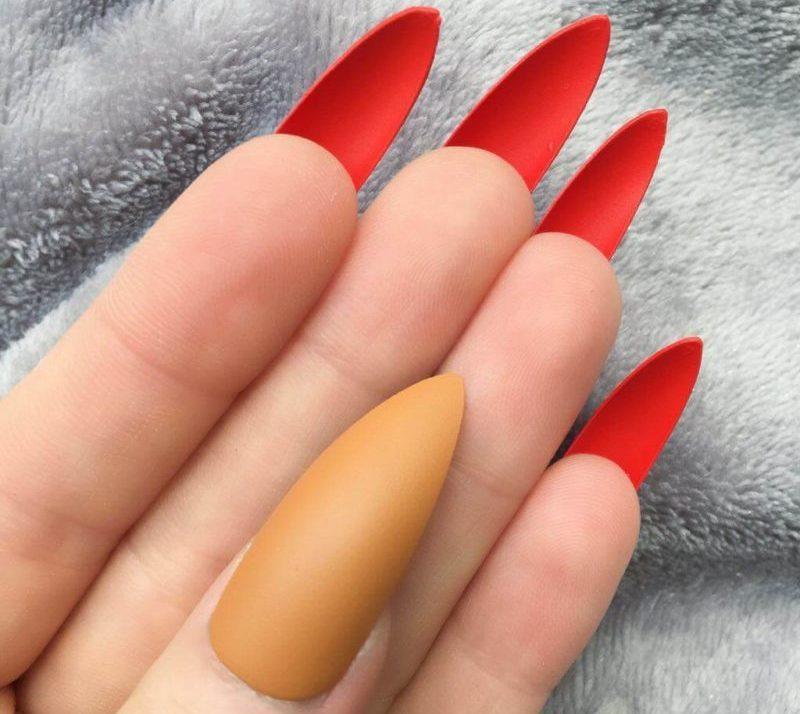 Лабутен-маникюр на длинные ногти