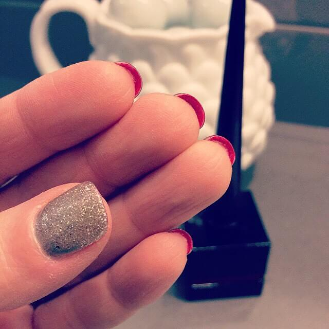 Лабутен-маникюр на короткие ногти