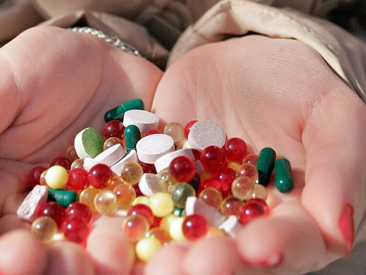Как лечить зеленые ногти
