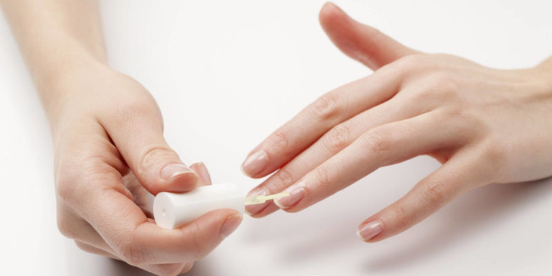 Ломкость ногтей - причины, как лечить