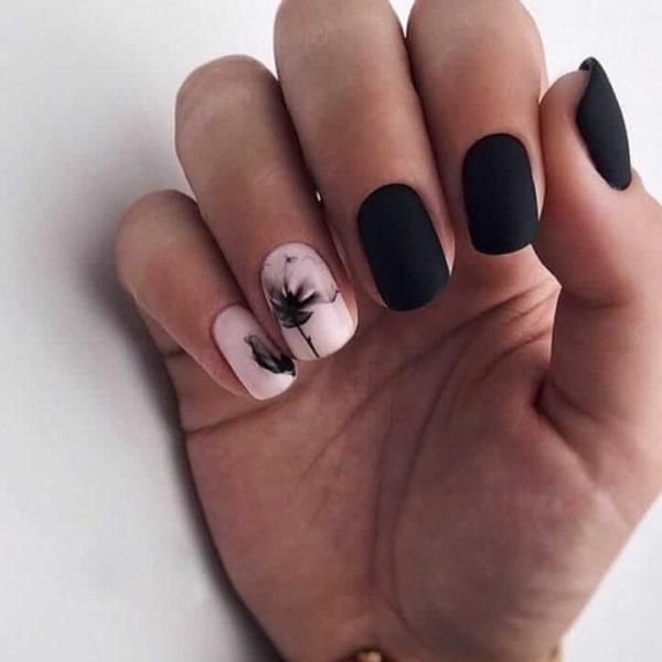 Маникюр на короткие ногти акварель