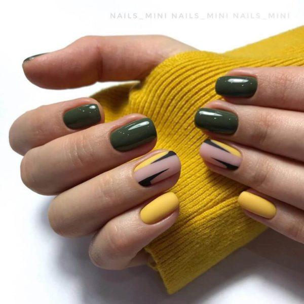 Желто-зеленый маникюр с рисунком