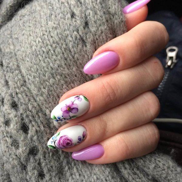 Маникюр с розами на длинные ногти