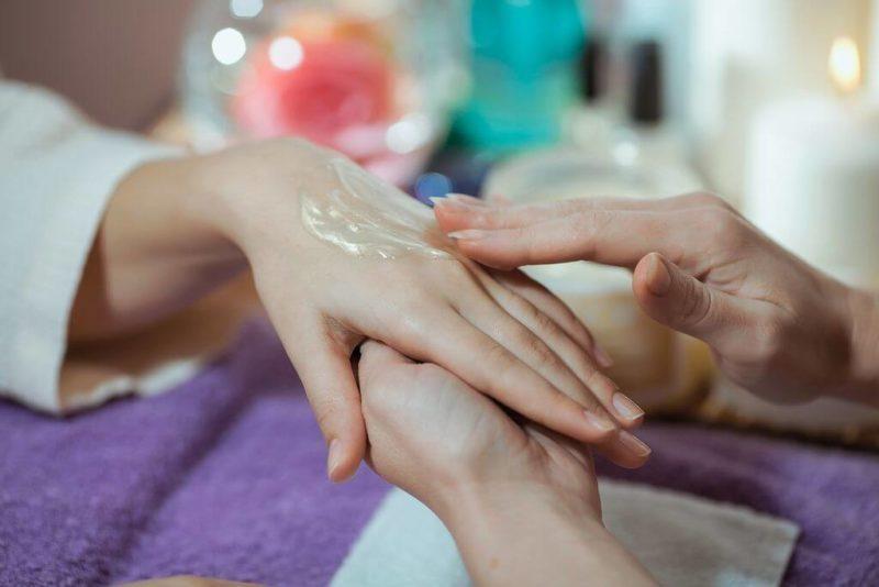 Маникюрный массаж рук
