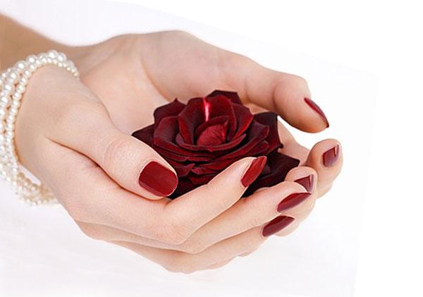 Маникюр гель лаком фото с розой