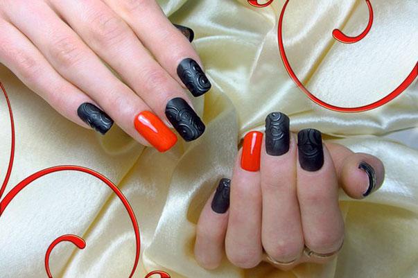 Черный и красный цвет на ногтях