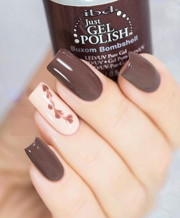 Мелкие детали при росписи ногтей