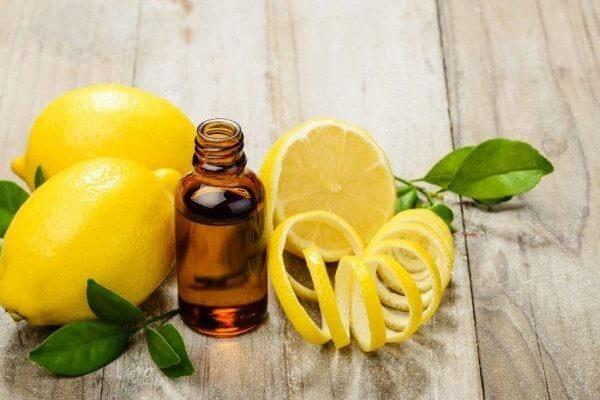 Мята с лимоном для отбеливания ногтей