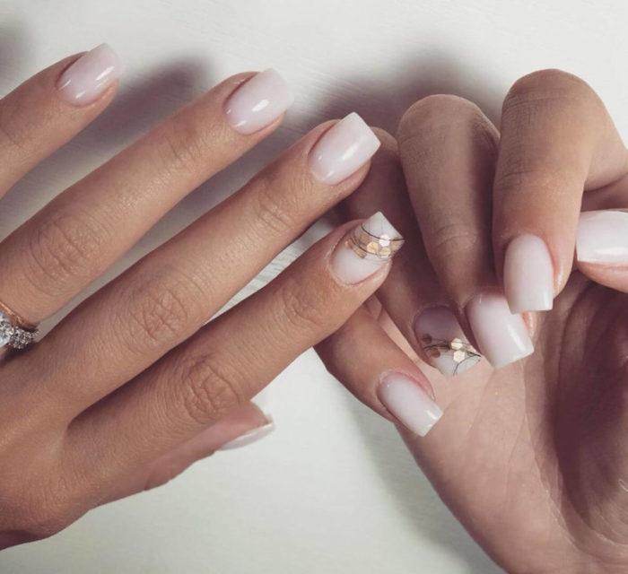 Морлочный маникюр на короткие ногти