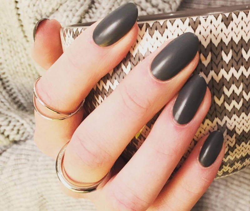 Однотонный серый на короткие ногти