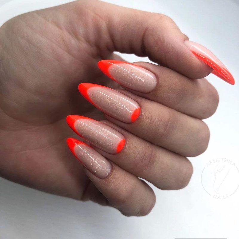 Оранжевый неоновый френч