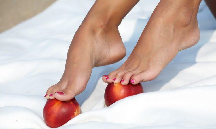Питательные кремы для кожи ног