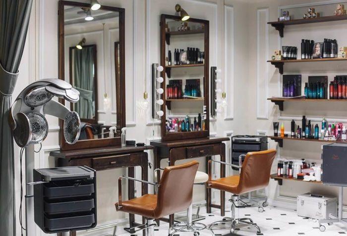 Освещение места парикмахера