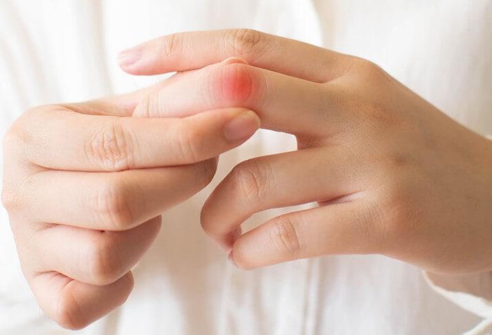 Противопоказания для массажа рук в маникюре