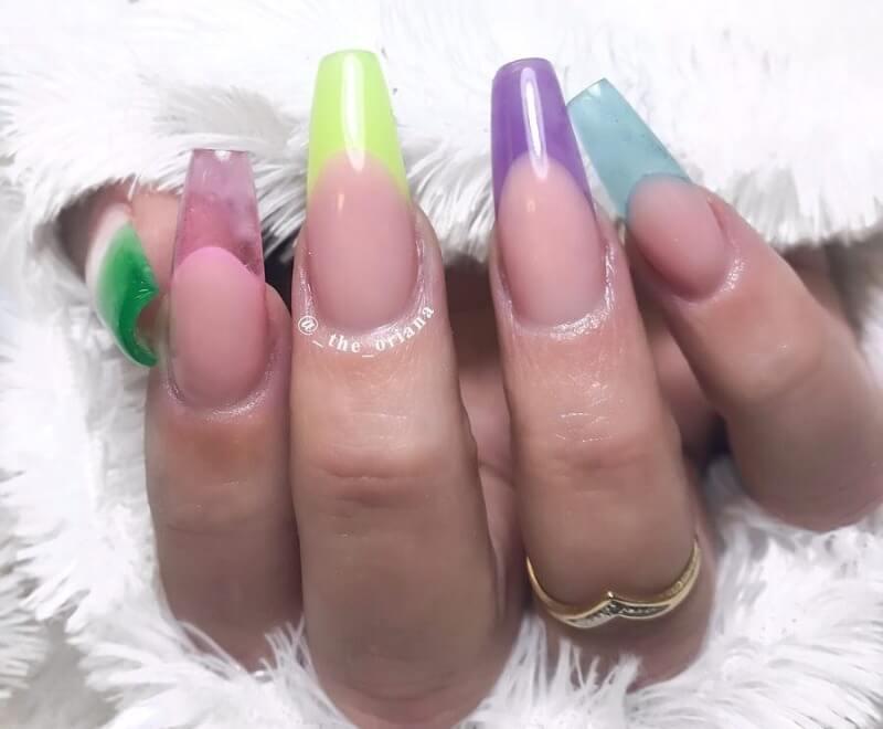 Разноцветный прозрачный френч