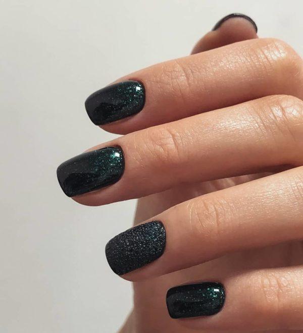 Пузырьковый маникюр на короткие ногти