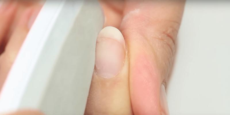 Запиливание сломанного ногтя