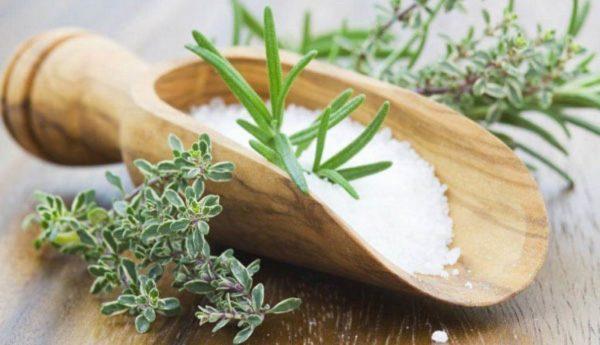 Ванночка для ног рецепт с морской солью на отварах трав