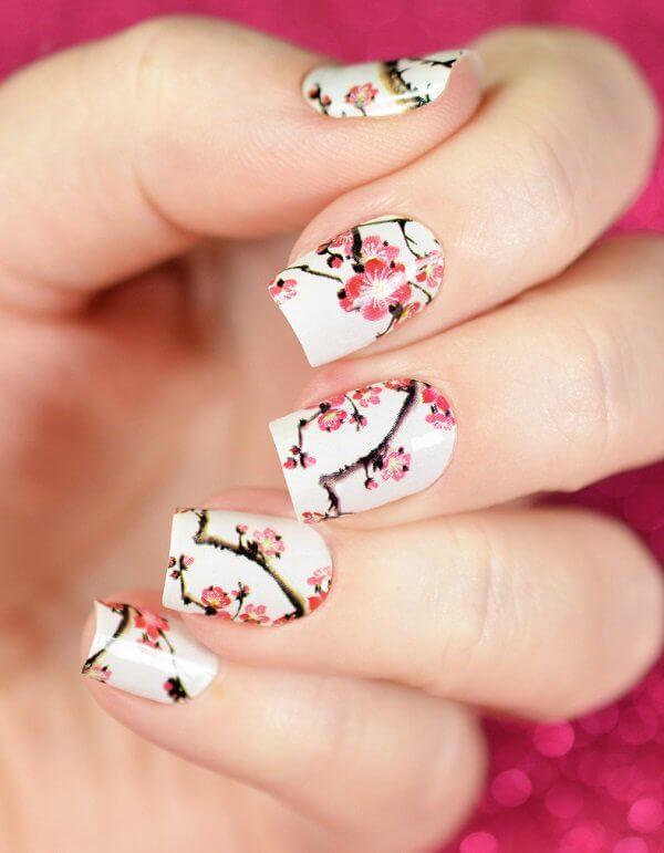 Роспись ногтей - сакура