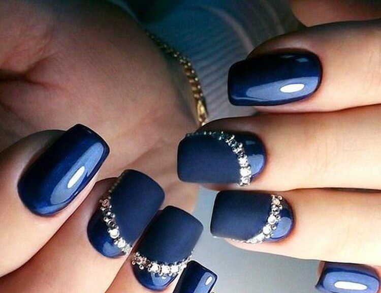 Синий со стразами